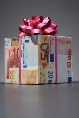 Bani Cadou - proiecte europene